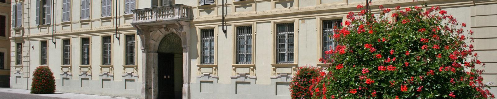 Immagine di testata: scorcio facciata di Palazzo Cuttica